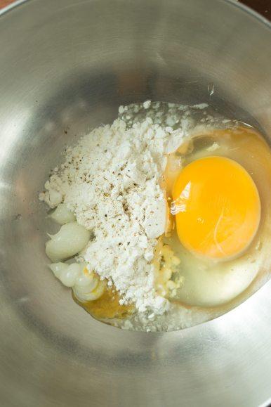 crispy-oven-baked-mozzarella-sticks-08