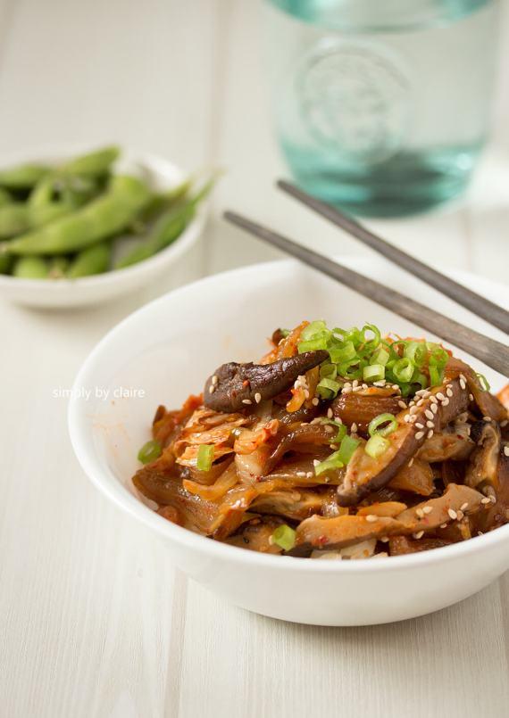 韓式泡菜炒鮮菇
