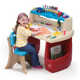 HOLIDAY GIFT GUIDE HOTTEST TOYS AGES 2-4 Step2 Deluxe Art Master Desk