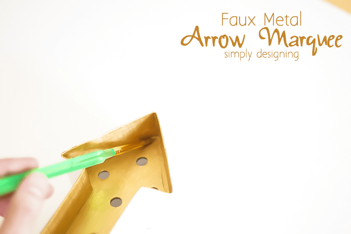 Dry Brush Arrow Marquee