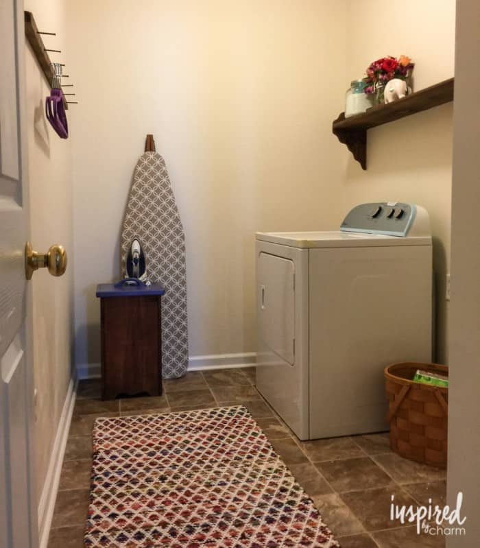laundry-room-design-897x1024