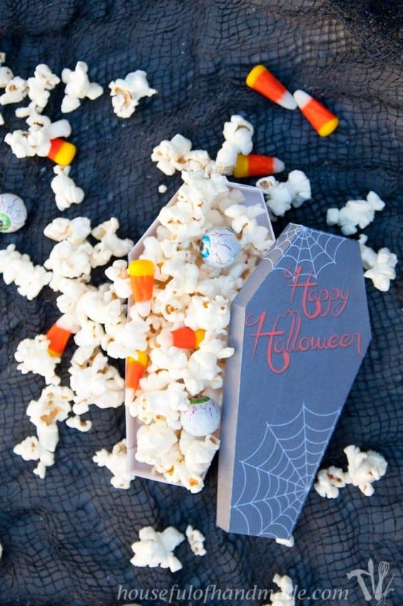 Free-Printable-Halloween-Coffin-Treat-Boxes-6
