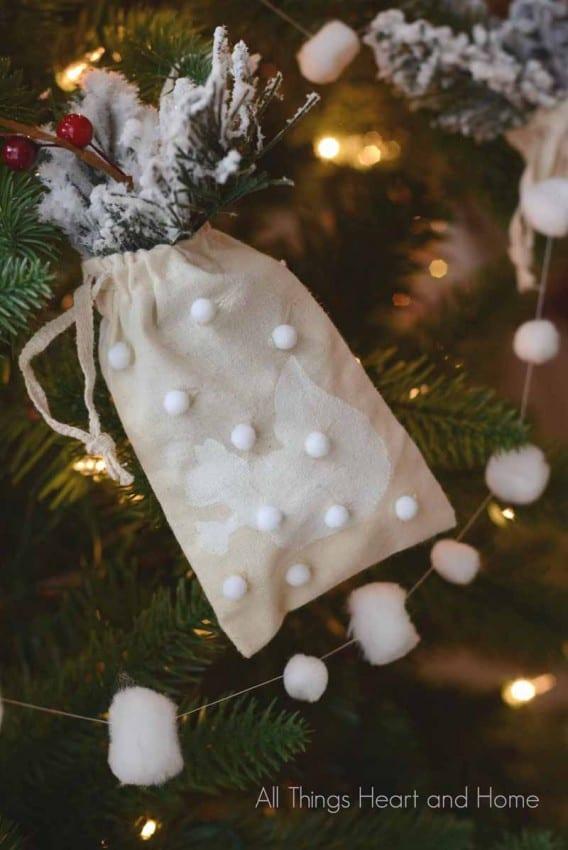 muslin ornaments