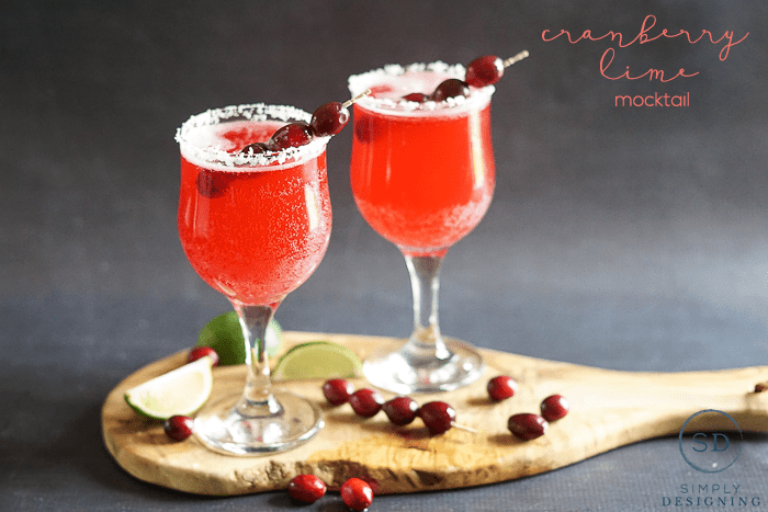 Cranberry Lime Mocktail - tasty and refreshing and the perfect holiday drink