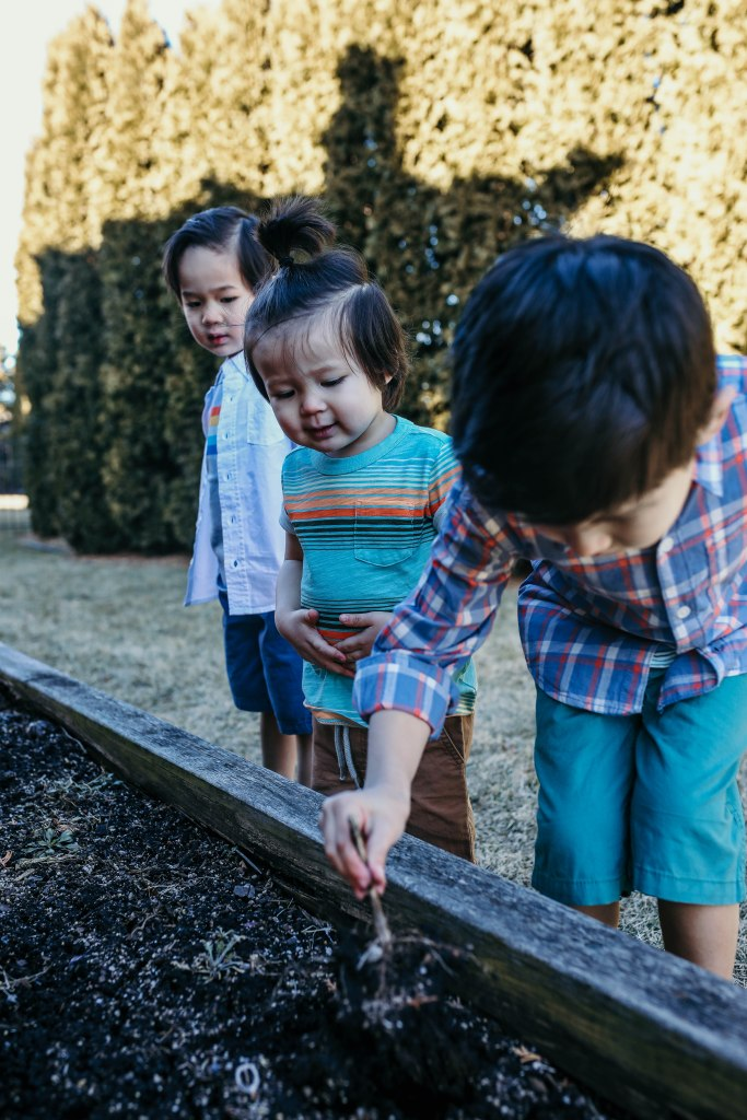 35 Fun and Easy Spring Activities (Bucket List for Kids)