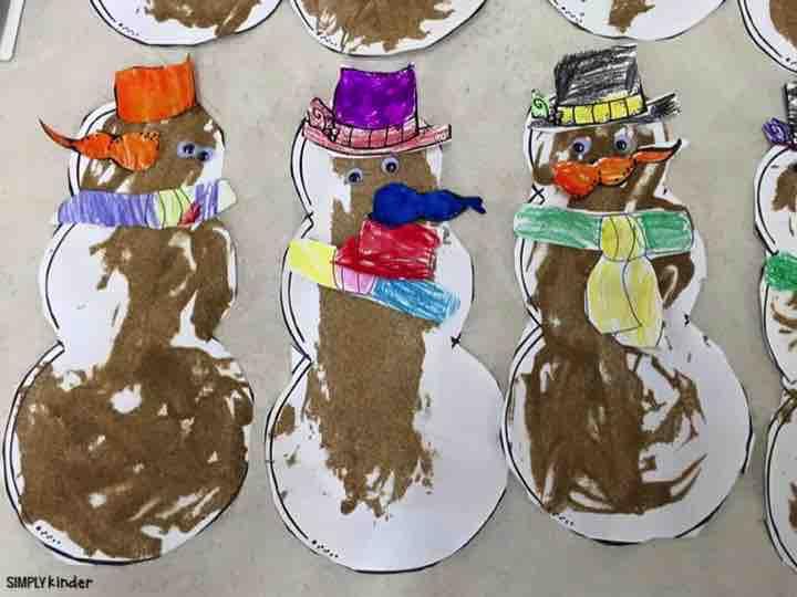 Make sandy snowmen when you study Australia in your Christmas Around the World studies!