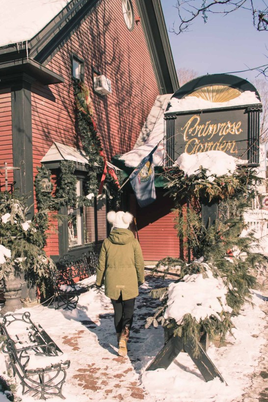A Winter Travel Guide to Woodstock, Vermont - Simply Lovebirds - New England Lifestyle Blog
