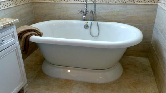 Master Bathroom Old Tub