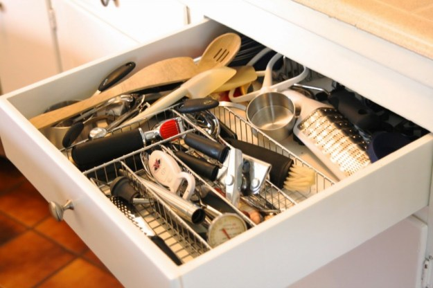 diy: custom drawer dividers - simply organized