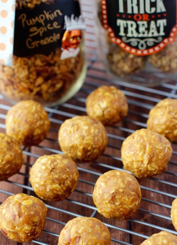 Crunchy Pumpkin Pie Energy Balls are the perfect grab and go snack or post workout treat!