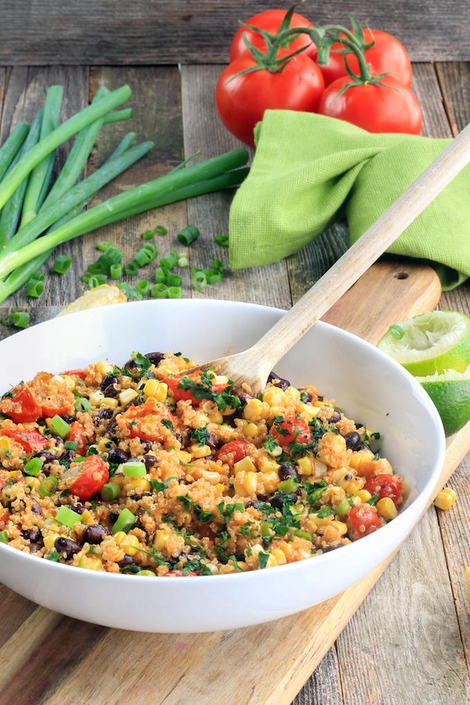 Flavorful, filling, 30-minute Southwestern Quinoa Salad with Roasted Tomato Vinaigrette and garden fresh veggies. #vegan #glutenfree #wholefood