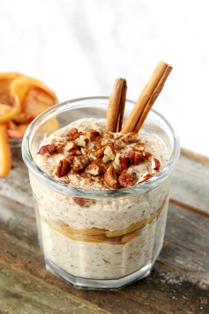 A roundup up of my favorite 10 Yummy Overnight Oat Recipes.