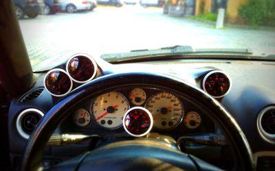 Custom gauges holder