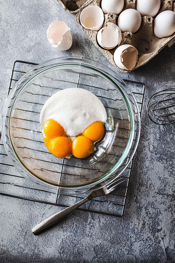 Egg yolks cooking
