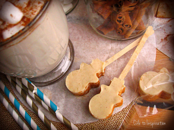 Spiced-White-Hot-Chocolate-on-a-Stick-Snowman-Shaped