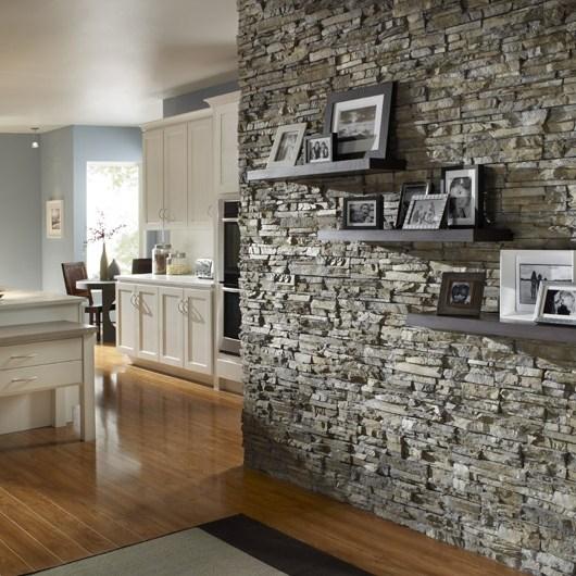 Core-SS_Nantucket_ArtWall Living room