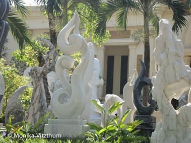 Vietnam_2020_Lady_Buddha-7226