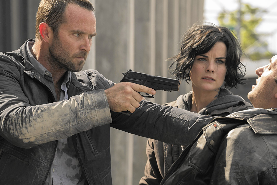la-ca-st-fall-tv-blindspot-20150913