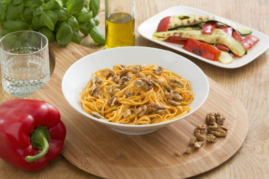 Grand_Italia-Linguine-Peperoni-e-Noci