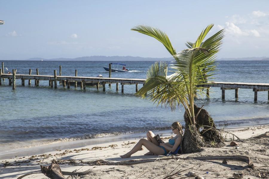 beach-1232772_1280