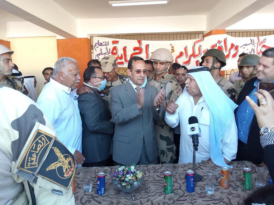 محافظ شمال سيناء يفتتح عدد من المشروعات التنموية بالشيخ زويد بقيمة ١١٢ مليون جنيه…