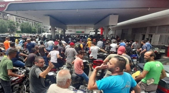 لبنان يتخذ إجراءات استثنائية للحد من أزمة المحروقات
