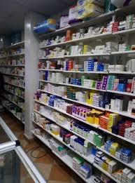 لبنان: نفاد مخزون مئات الأدوية الأساسية.. ومطالب بفتح الاستيراد