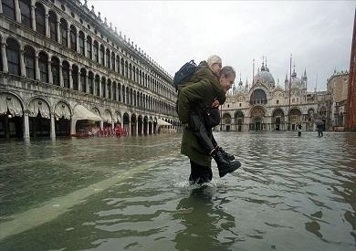 أمطار غزيرة وفيضانات تجتاح شمال وجنوب إيطاليا