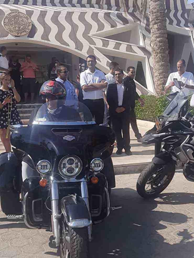 """بمشاركة جنسيات مختلفة.. """"وفد قائدي الدراجات الآلية"""" في جنوب سيناء لتنشيط السياحة – صور"""