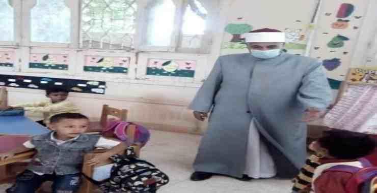رئيس الإدارة المركزية لمنطقة جنوب سيناء الأزهرية يُتابع انتظام الدراسة بالمعاهد