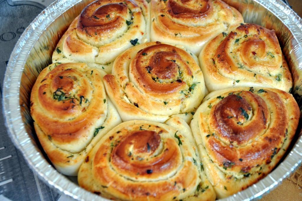 garlic pull apart buns