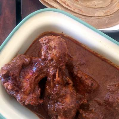 Kombdiche Lapchap (Chicken Curry Kolhapuri Style) and #52CookBookPact