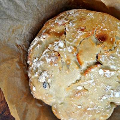 No Knead Muesli Dutch Oven Bread