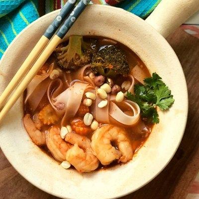 Thai Style Spicy Prawn Noodle Soup