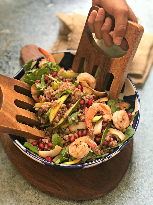 Red Rice Prawn Salad