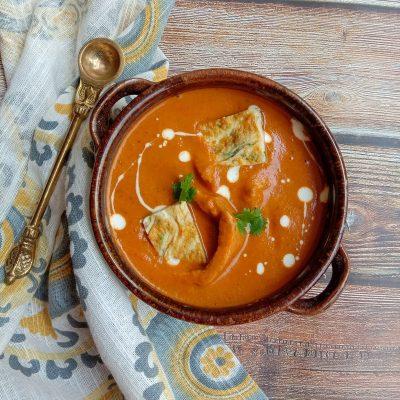 Omelette in Makhni Gravy