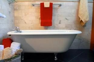 Cómo debes decorar el baño de tu casa para atraer el dinero