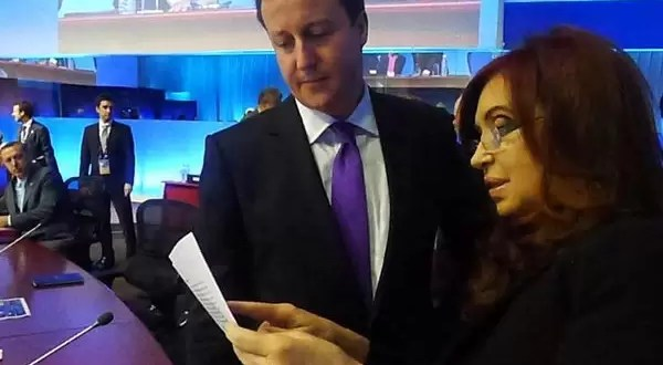 El choque de Cristina Fernández y David Cameron en el G-20