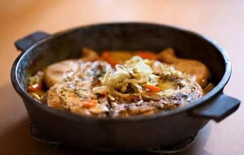 Cómo preparar pollo con albahaca y ajo