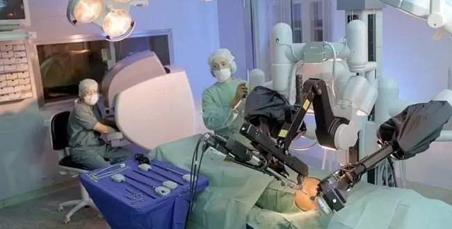 Primer trasplante de hígado hecho por un robot