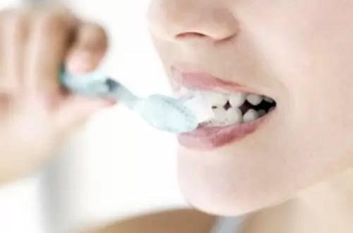 Pasta dental 'marina' mantiene la boca mas sana