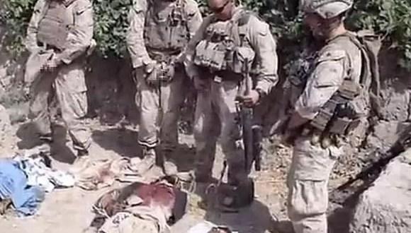 Castigan a militares que orinaron sobre talibanes muertos