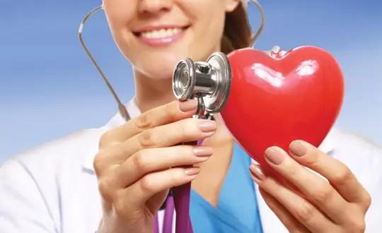 Las cosas que no debes ocultarle a tu cardiólogo