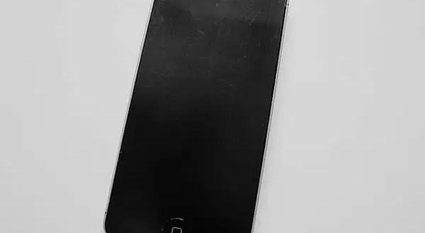 Apple vende el iPhone a u$s5