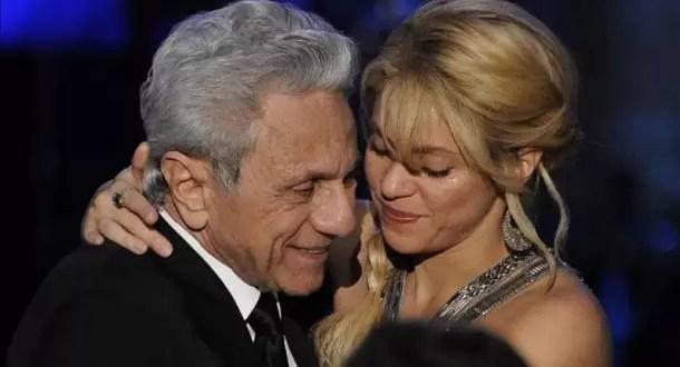 Video: Shakira y su padre cantan juntos 'Hay amores'