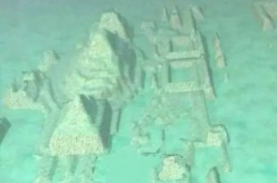 Hallan una ciudad bajo las aguas del Triángulo de las Bermudas - Fotos y video