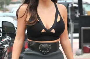 Fotos: Kim Kardashian muestra sus atributos con pollera transparente