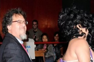 Fotos escándalo: Senador en baile prohibido con stripper