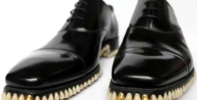 ¿Los usarías? Excéntricos zapatos con dientes - Foto