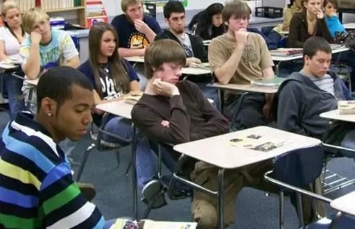 Realizar exámenes de matemáticas provoca dolor